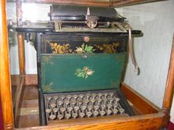 SholesandGliddenTypewriter1874
