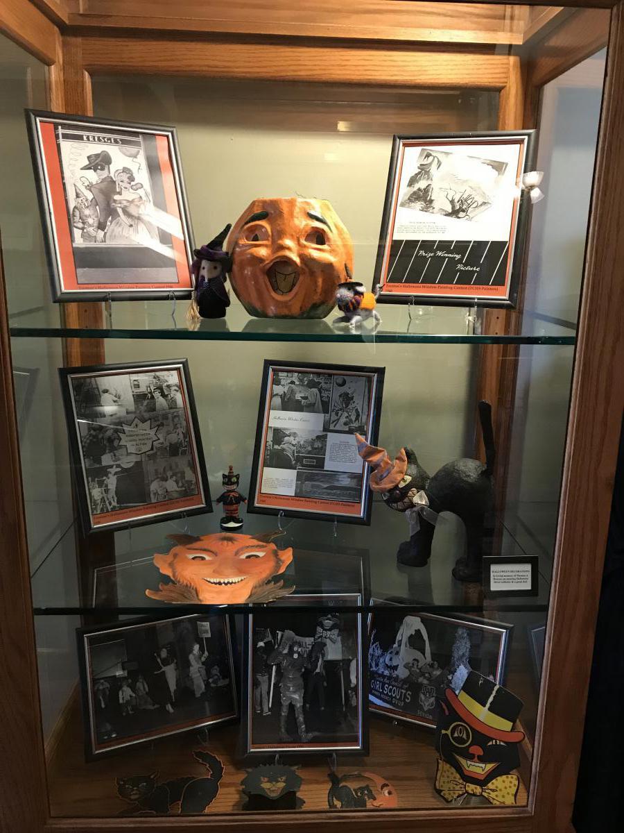 Halloween Exhibit 2
