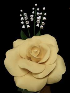 Boehm - yellow rose