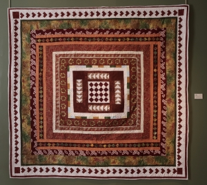Round Robin's EvolutionChristina ThomasThe Friendly Quilters of Bucks County