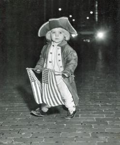 little revolutionary officer  richard meyers 1st prize small fry divison 1957