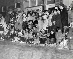 spectators 1957